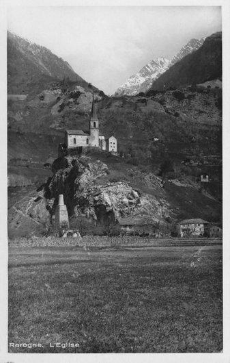 Rarogne l'église et le faux minaret