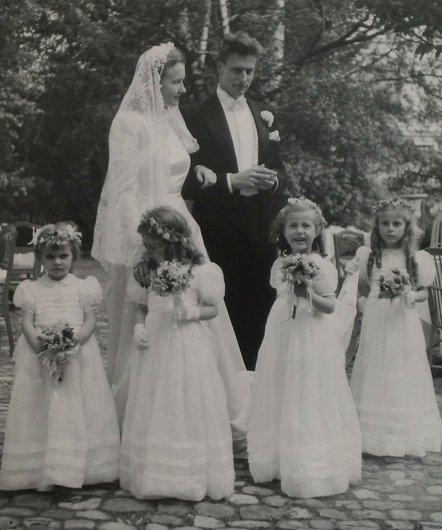 Genevieve Bourgeois Bernard de Muller 1947