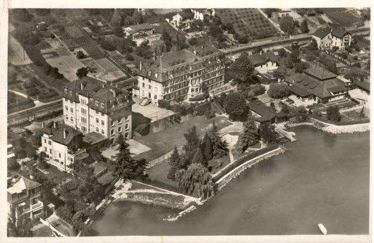 Vue aérienne sur le Lycée Jaccard, Pully, vers 1940