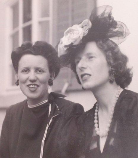 Beatrice de Reyff Denise de Weck 1947