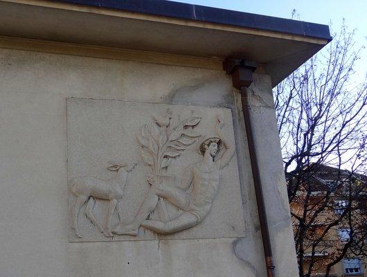 Bas-relief - Collège de Montchoisi, Lausanne
