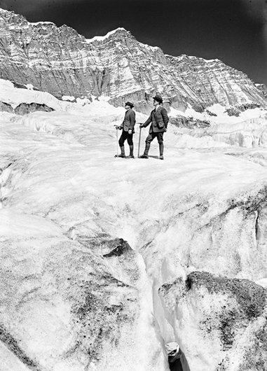 Deux alpinistes au Lötschental