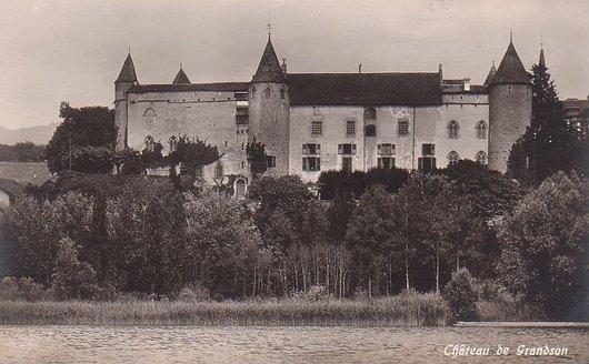 Chateau de Grandson vue du Lac