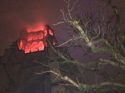 Cathédrale de Lausanne en feu