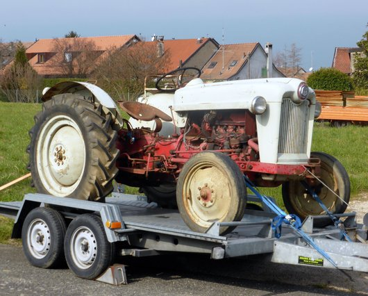 Tracteur Ford NAB