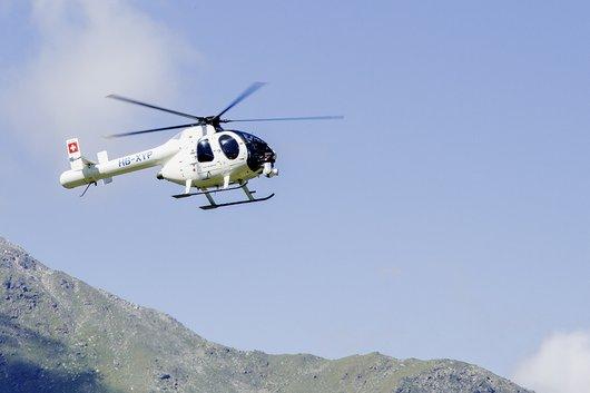 Hélicoptère lors de la course Sierre-Zinal 2013