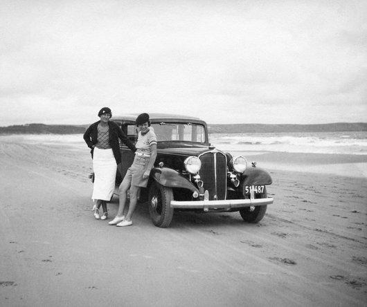 Colette de Weck sur une plage uruguayenne