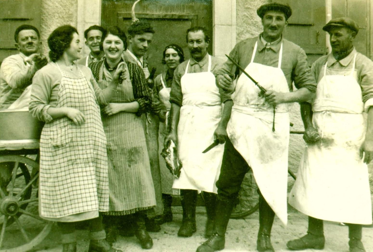 Boucherie à Marcelin sur Morges, journée 1935