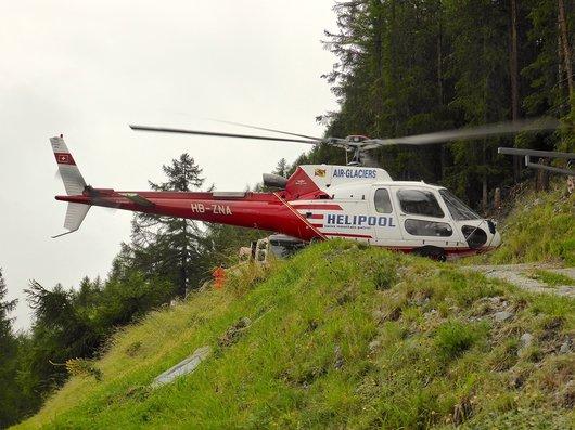 Hélicoptère en sauvetage, HB-ZNA
