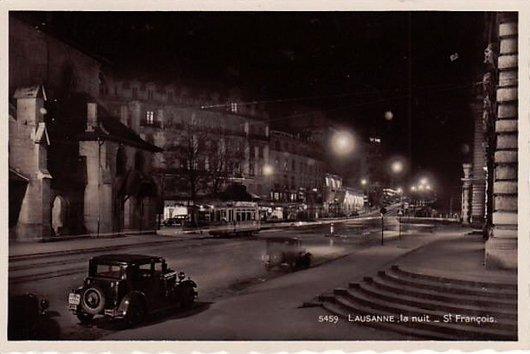 Place Saint François la nuit