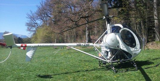 Hélicoptère HB-ZHF