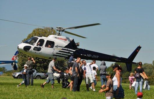 Hélicoptère HB-ZKR au centenaire de la Blecherette