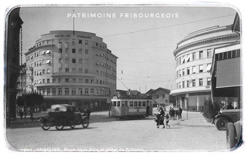 Fribourg - Place de la gare et Hôtel de Fribourg