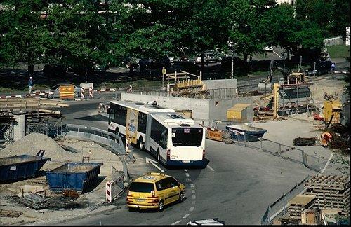 Meyrin construction voie de tram 14 en 2009 Giratoire rue Lect/Livron