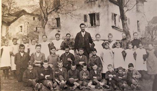 Ecole de Chandolin vers 1920