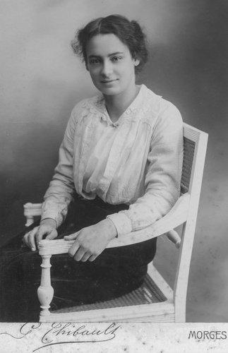 Emilie Chappuis 18 ans en 1913