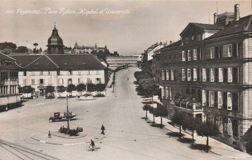 Fribourg - Place Python, Hôpital et université