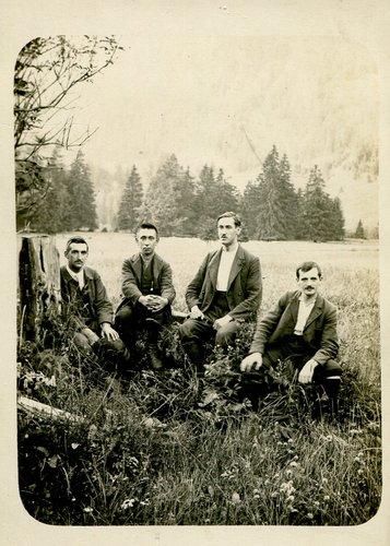 Raymond Wagen avec amis