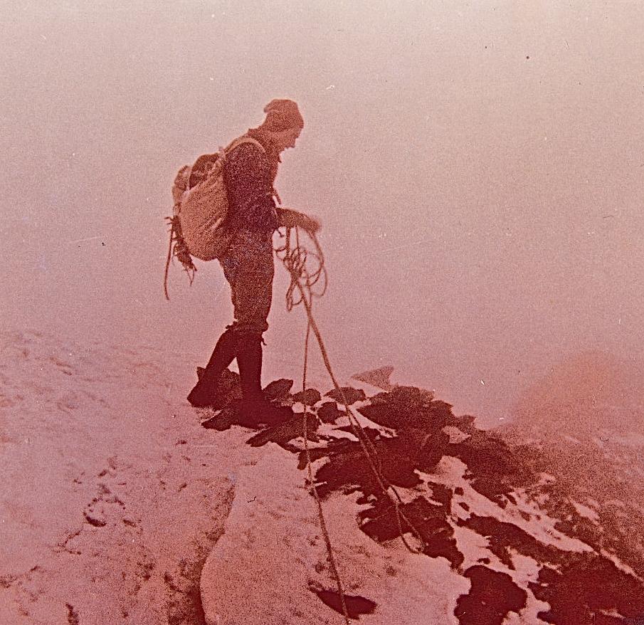 Cervin 4478 mètres et abri de secours Solvay