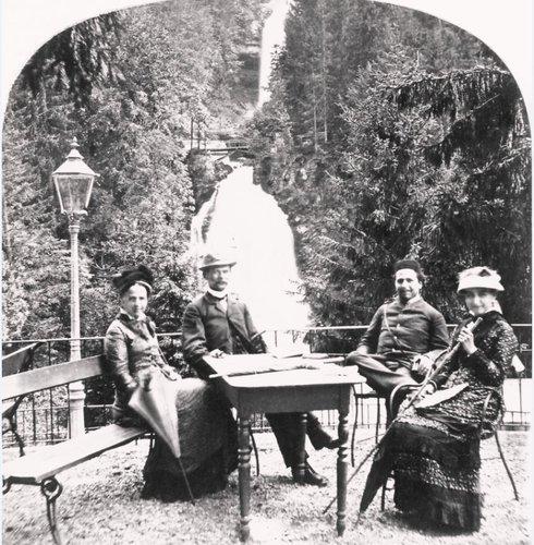 Scène de vie dans le grandhôtel Giessbach