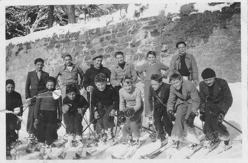 Le ski club de St-Luc en 1941-42