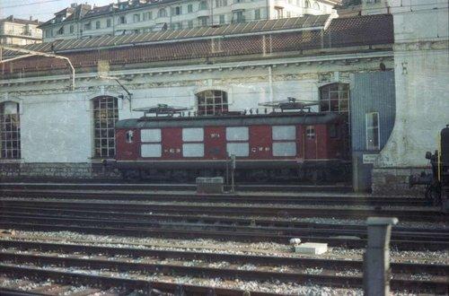 Gare de Lausanne - Re 4/4 I rouge