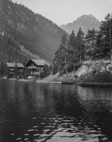 Lac de Champex et chalet de l'Île, Clochers d'Arpette