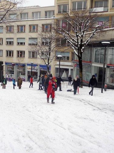 Sports d'hiver à la rue du Petit-Chêne