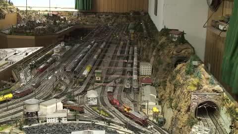 Circuit de train miniature privé à Montilier