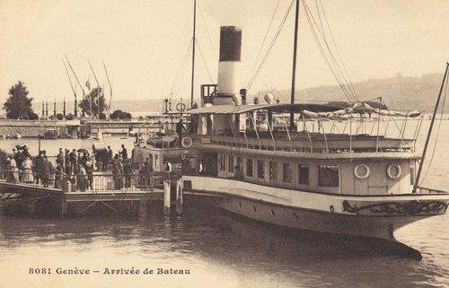 Le S/S Montreux arrivant à Genève