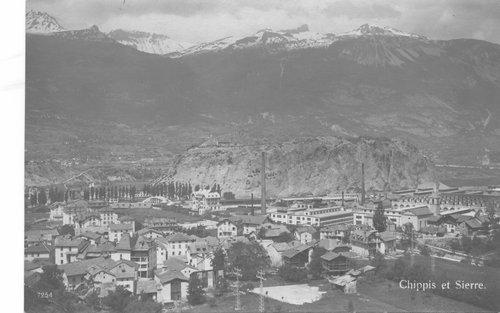 Le village de Chippis et les usines d'aluminium