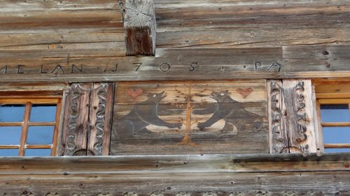 Château-d'Oex - L'ours, symbole de Berne