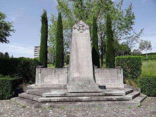 Obélisque du souvenir français aux soldats Français et volontaires Suisses