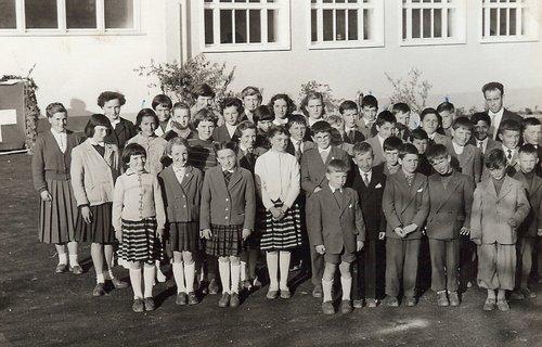 Elèves de l'école de Bourrignon  1957