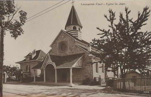 Lausanne Cour église Saint Jean