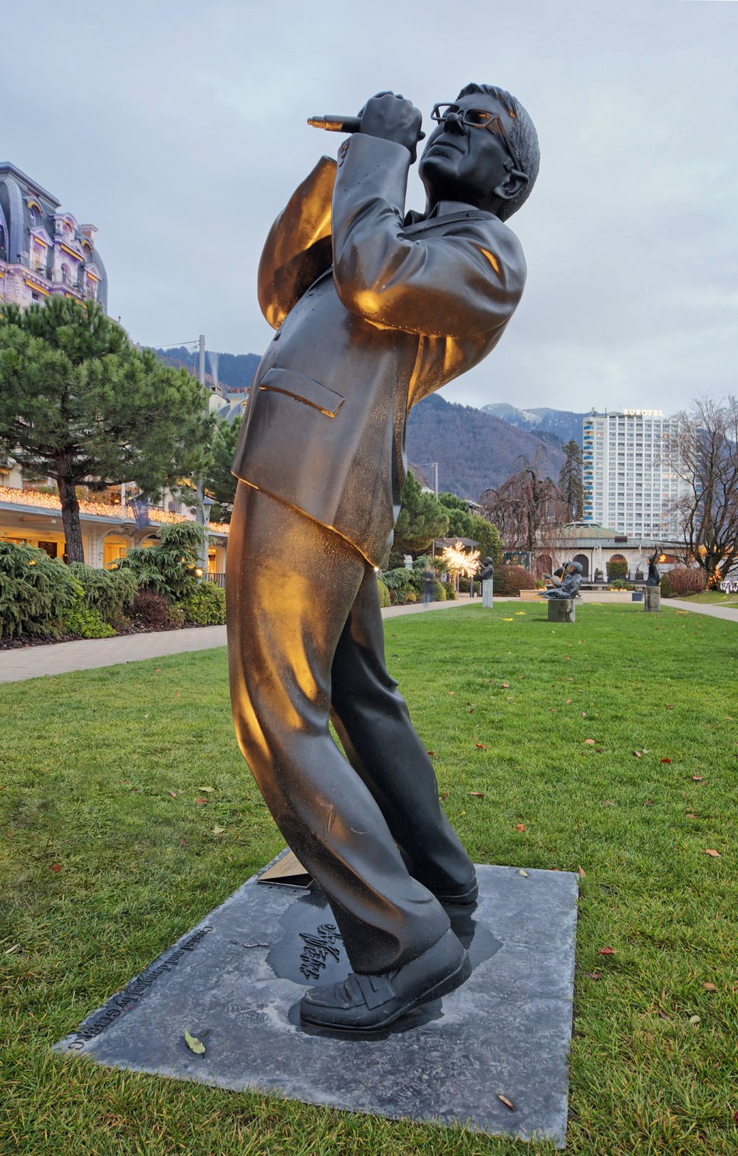 Statue Claude Nobs à Montreux