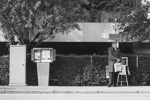 Genève, un arrêt de bus à Florissant