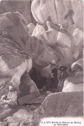 Grotte du glacier du Rhône