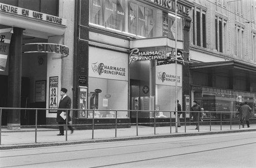 Genève, le Ciné Bref et la Pharmacie Principale