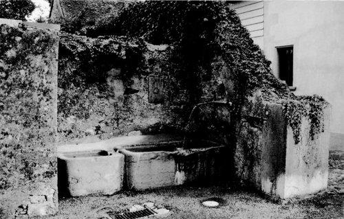 Aubonne, la fontaine Martin