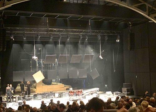 Le chaos sur scène