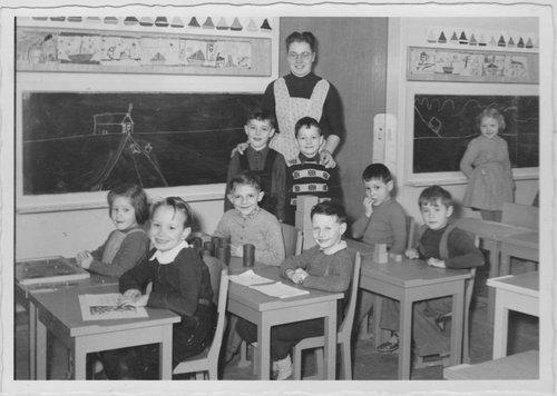 Lausanne, 1954, petit collège de Valency, Classe de Mlle Frey
