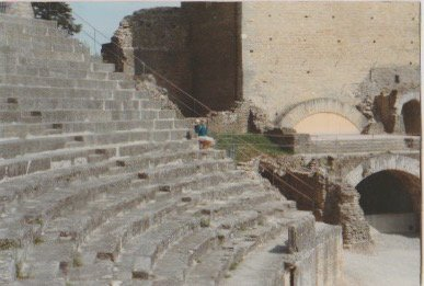 Amphithéâtre romain d'Aventicum