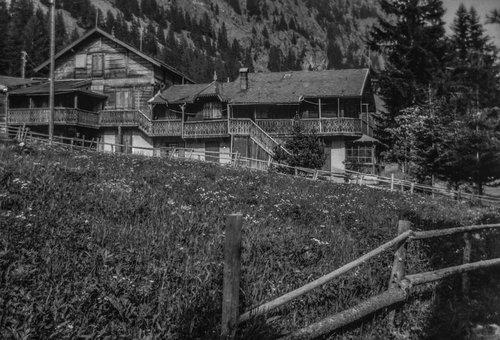 Chalet Biselx au-dessus de l'Hôtel du Glacier