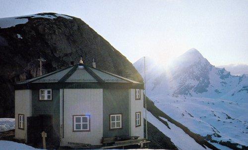 Lämmerenhütte, 2502 mètres