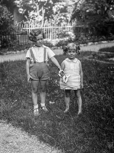 Genève, mon père et sa soeur et son doudou...