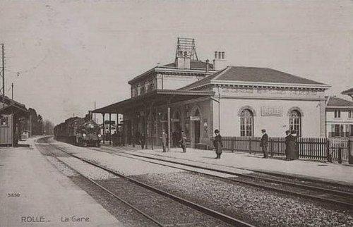 Rolle un train en gare