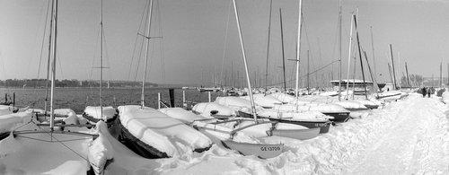 Genève, le Quai Gustave Ador sous la neige