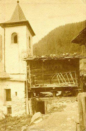 Le clocher de l'ancienne chapelle de Ferden