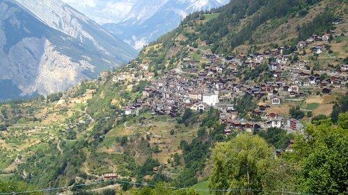 Le village d'Isérables